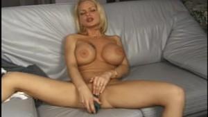 Angelina: Big Tit Girl - AMA
