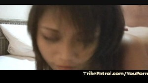 Asian massage girl gives fucky fucky