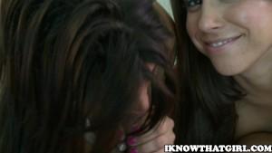 Alexa & Miley My Girlfriend And Her Friend