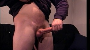 Measure the fully grown cock