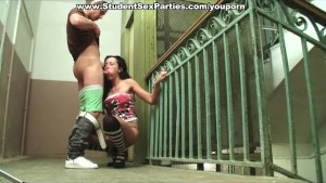 Stud cums in slutty party girl s mouth