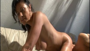 Older man cums on her back