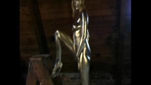 Pornstar Leja complete paint in gold