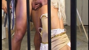Convict get s 2 great cell mates...I wana go 2 prison!!