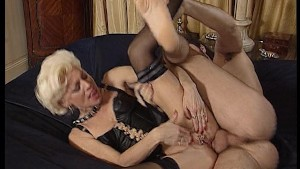 Blonde cums while brunette watches