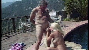 Hey old man lick my meaty pussy