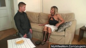 Hot mom gets nailed and busted by man s wife