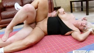 Cougar fucked deep by instructor