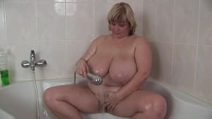 In the shower with BBW Juliana