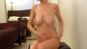 Hot Amateur Rubs Lotion On Huge Perfect Tits