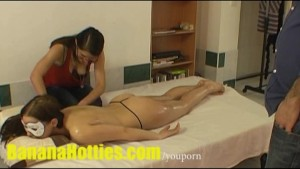 Oil massage for sexy chick at the casting