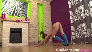 Naked teen gymnast shows erotic workout