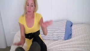 Bisexual fantasy from giantess Amber