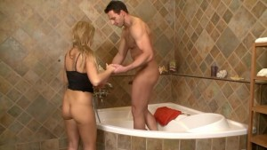 Feet fun in the bathtub- Playvision