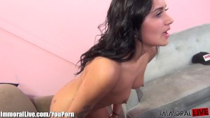 Nasty latina will do it all on cam! Dirty girl!