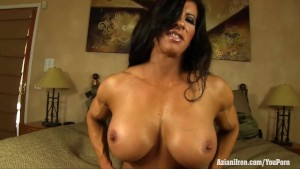 Aziani Iron Angela Salvagno in lingerie masturbating her big clit