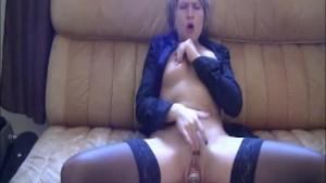 Cavernous vaginal cola can dispenser