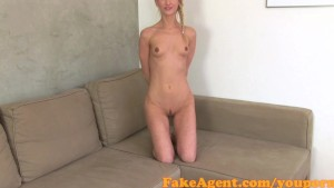 FakeAgent Hot blonde amateur takes facial in Casting
