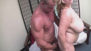 Chubby BBW Kasey Parker Gets Fucked