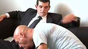 Sucking this str8 guy : Huge cock to shake and taste !