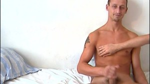 Repair guy (hetero) gets wanked his big cock by a client for money !