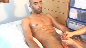 French arab straight guy gets wanked his big cock by a guy !