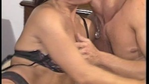 MILF hungry for some dick - Julia Reaves