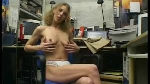 Finger Her Butt- Julia Reaves
