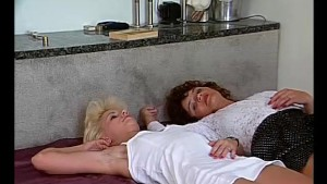Mature lesbians having fun - Julia Reaves