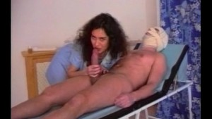 Getting laid while being laid up - Julia Reaves