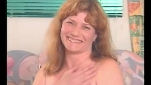 A MILF s yummy hairy pussy - Julia Reaves
