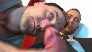 The str8 vendor gets sucked by a client in spite of him!