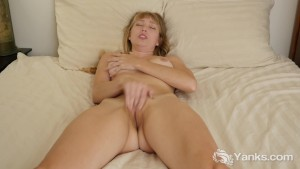 Youuporn Female Director Series - Verronica Uses Fast Fingers to Cum - Full Video