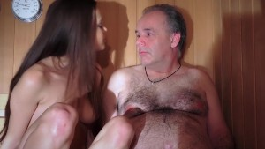 Baby Jewel freshy muffin gets pumped by an old prick