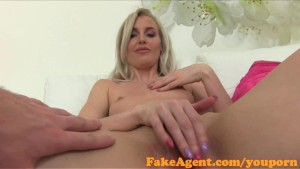 FakeAgent English babe fucks in casting