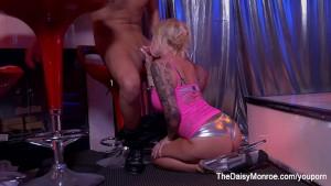 Stripper Daisy Monroe Fucks