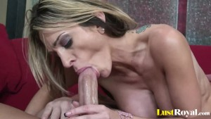 Lucky stud gets a taste of Sarah Jessie