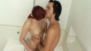 Raunchy bathtub sex