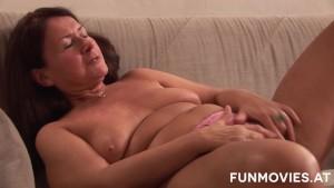 German Granny gets a huge dildo