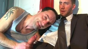 Real suite trouser guy gets sucked in a gay porn !