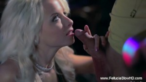 Relaxing And Arousing Blowjob In The Bar
