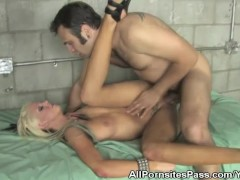 Prison Fucking Ends With Cumshots For Lacy