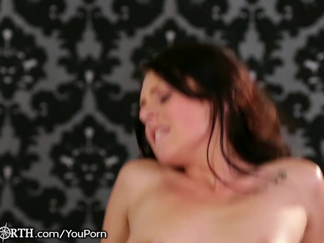 hung-stepdad-gives-daughter-a-ride