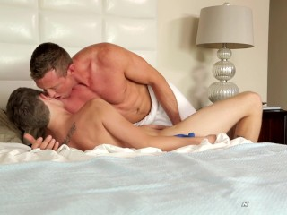 NextDoorTwink Teaching The Twink How Its Done