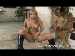 Picture Tranny Going Solo With Dildo