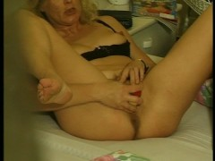 Picture Peek in on a Sexy Mature Masturbating
