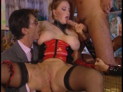 Picture Bonus - guy bangs two chicks, 2 couples scre...