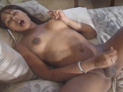 Picture Hot sexy shemale poses for you CLIP