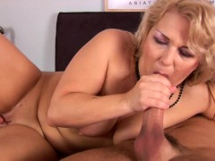Picture Young-Cumshot On MILF - CzechSuperStars