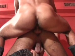 Picture Lots of cum at this gay orgy - Pau Brasil